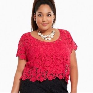 Torrid Fuchsia Lace Crop Top size 2 (2X 18-20)
